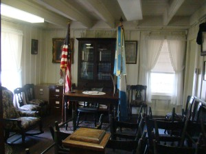 Parlor where Daughters of American Revolution meet today