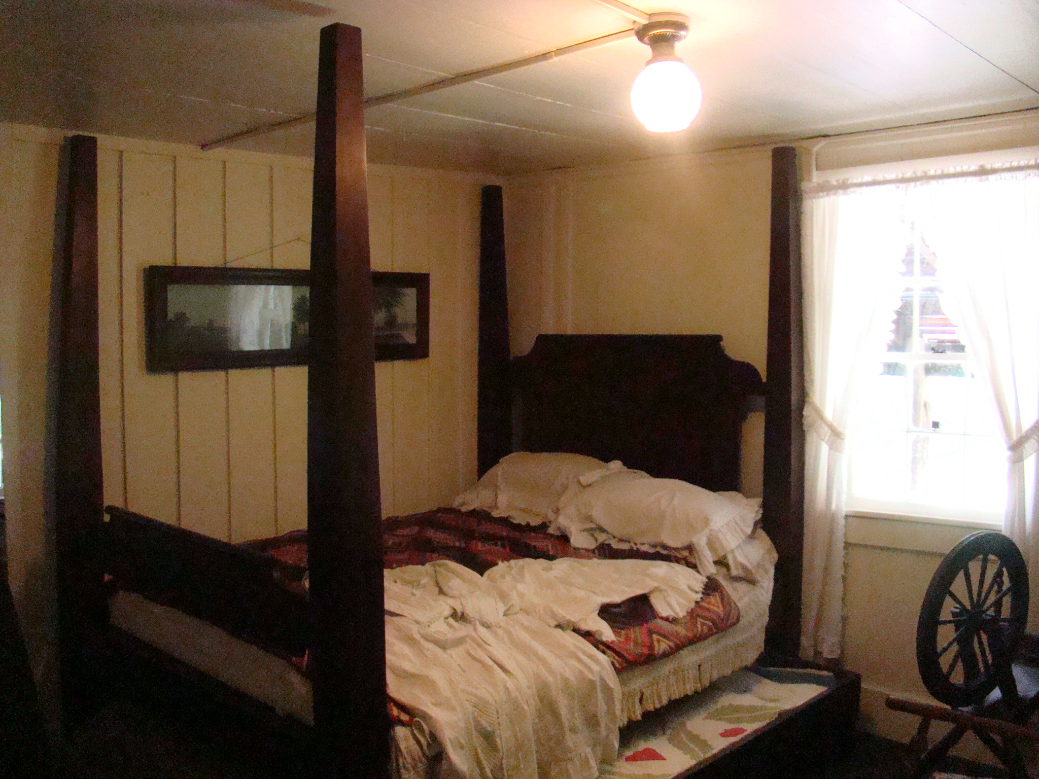 pleasant 4 poster bed frame. Four poster bed over 150 years old Point Pleasant West Virginia  Gypsy Road Trip