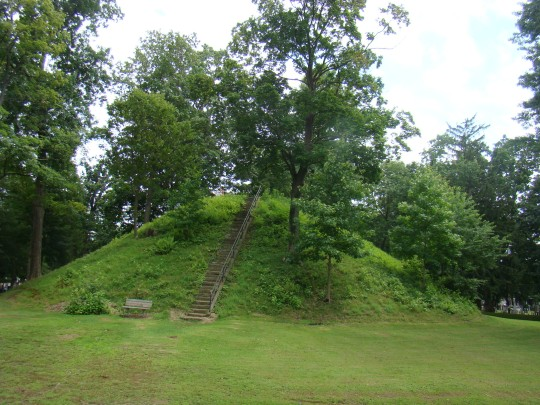 Great Mound, Conus