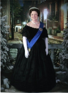 Queen Victoria visits Cambridge, Ohio.
