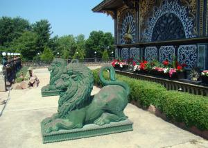 Lions guarding the Palace of Gold