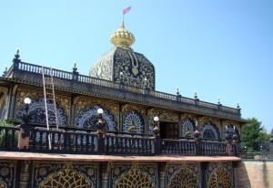 Repair work on Palace of Gold dome