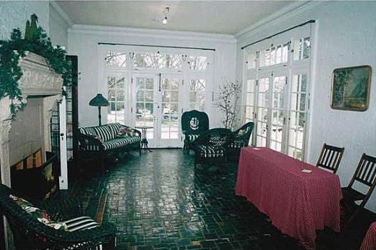 Gross Mansion Sunroom