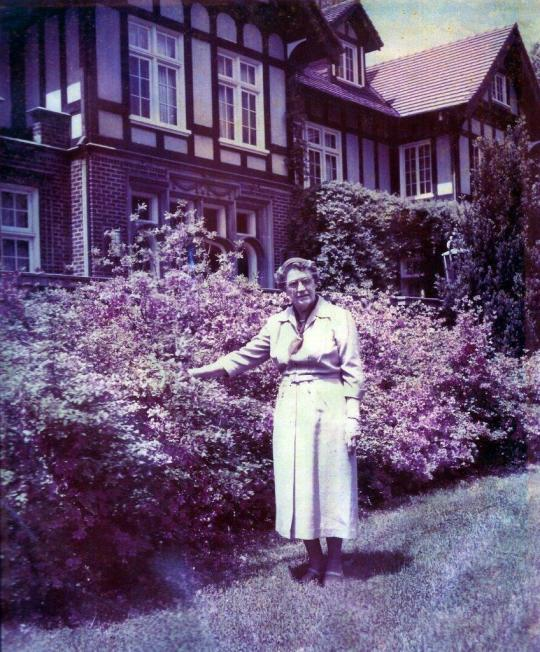 Harriett Gross in front of Mansion