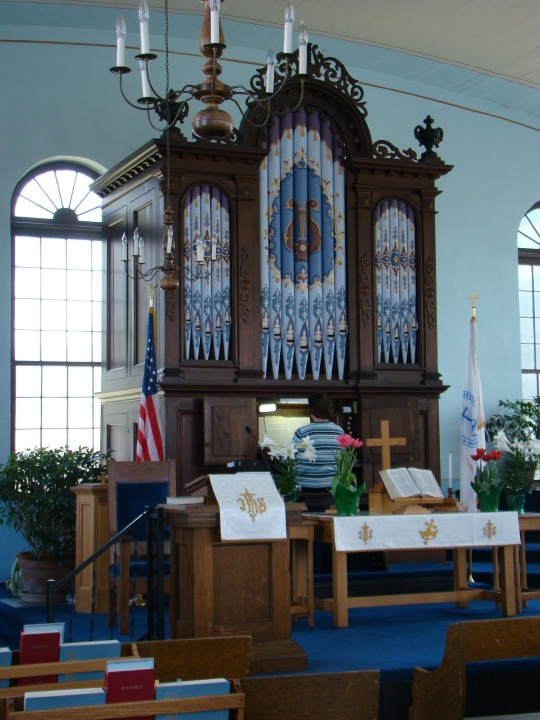 Pipe Organ at the old Meeting House