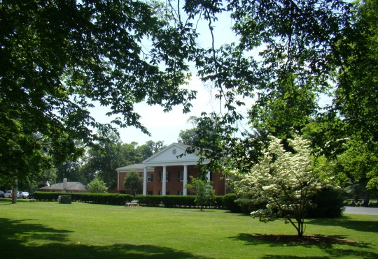 Moundbuilders Country Club leases the Octagon Mound.