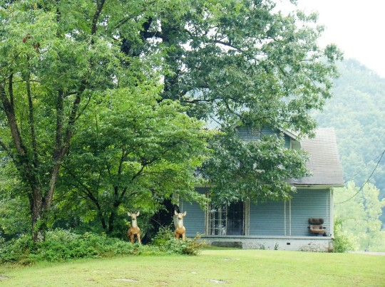 Roy Rogers home on Duck Creek near Portsmouth.