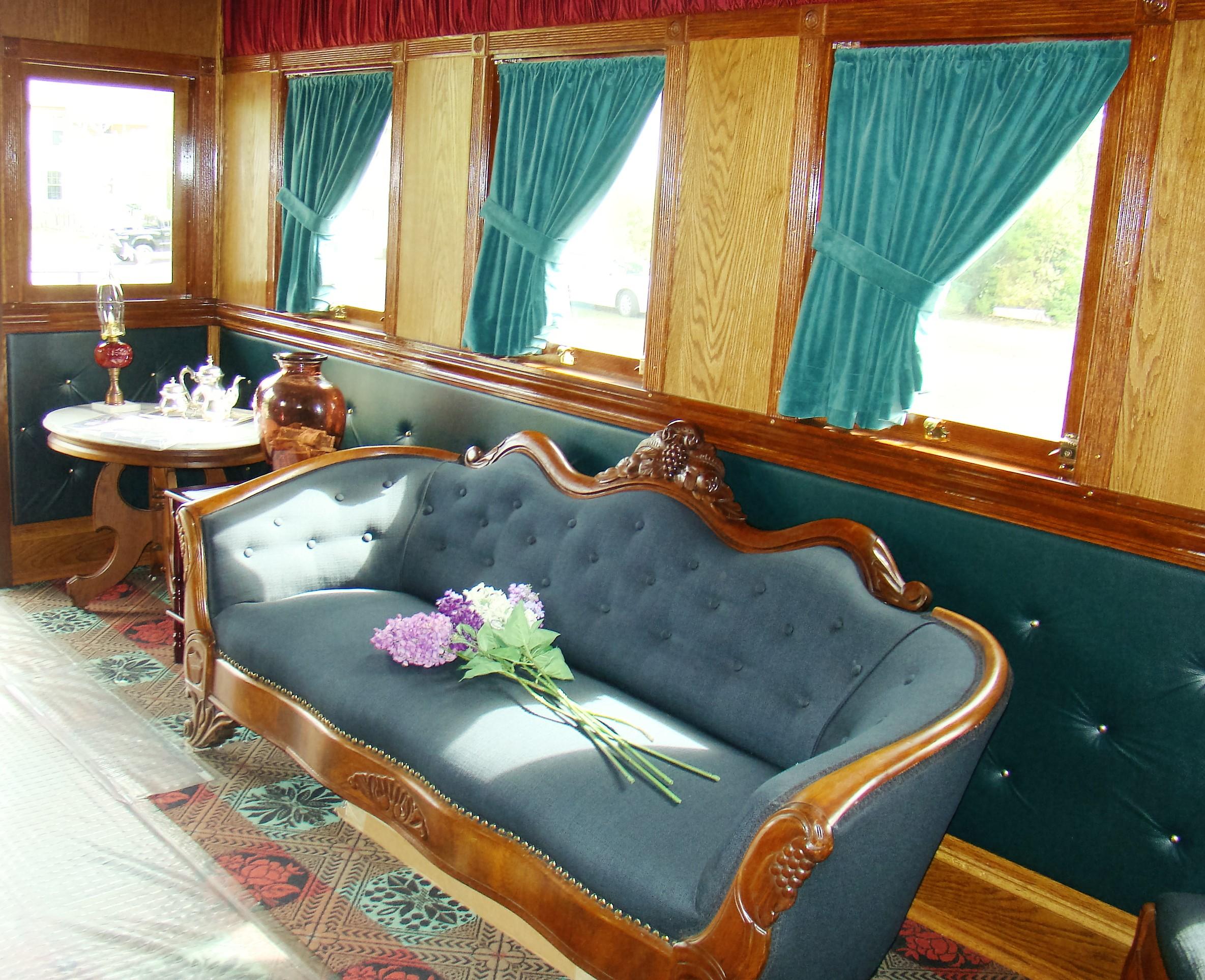 Lincoln Funeral Car Gypsy Road Trip