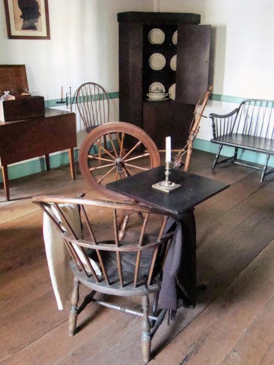 Putnam Spinning Wheel