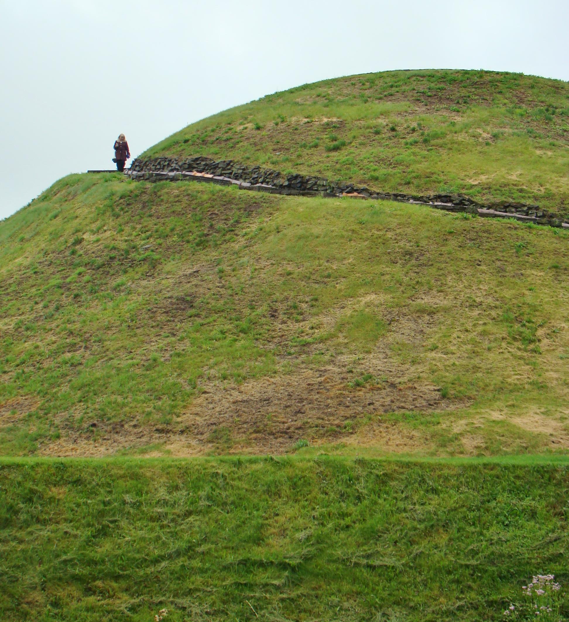 Bev at Mound 2 (2)
