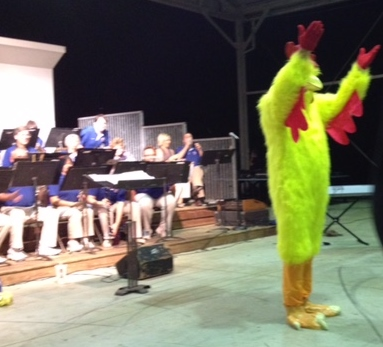 Berk leading the Chicken Dance