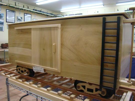 wooden-toy-chest