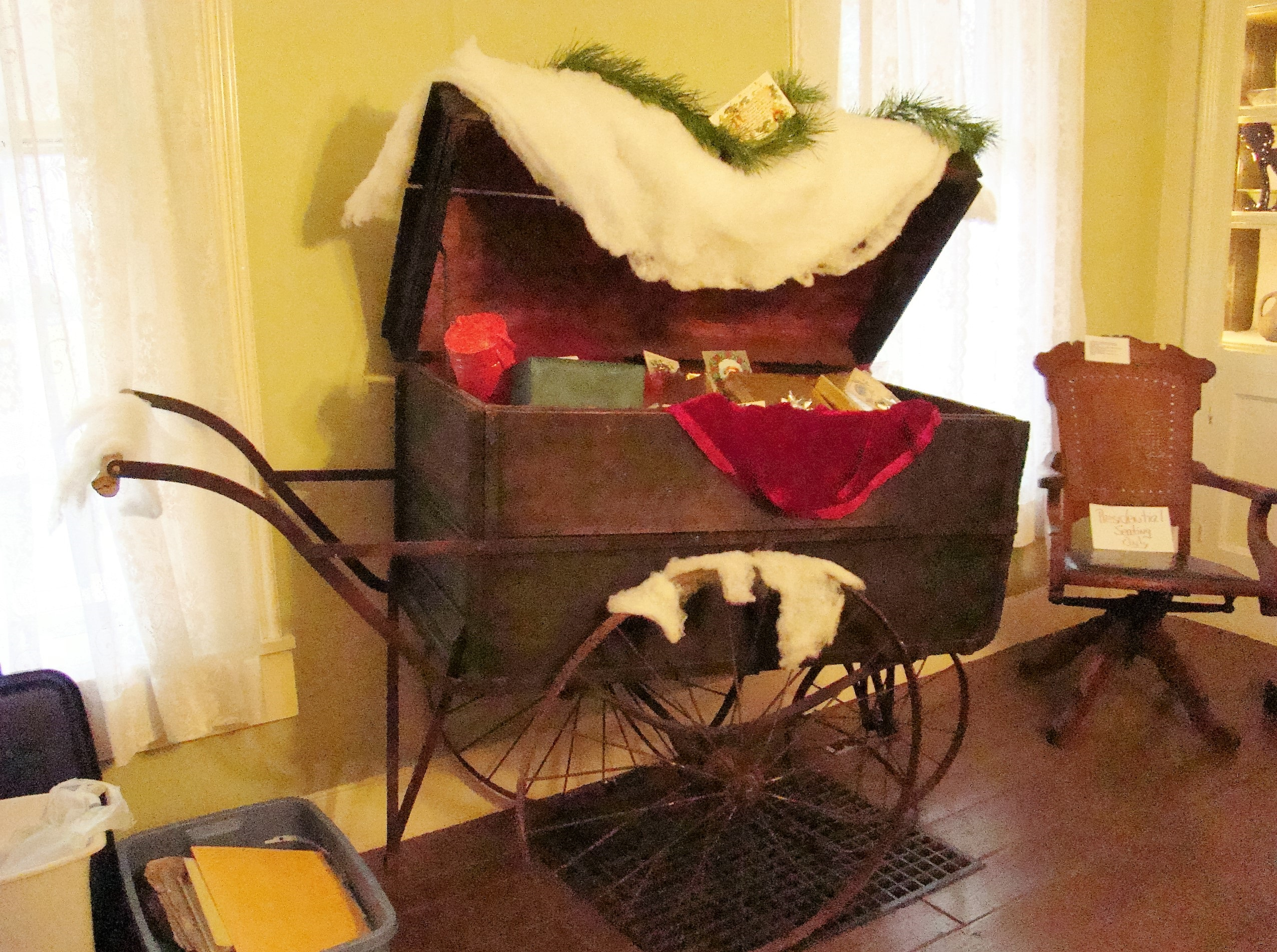 guernsey-county-mail-cart