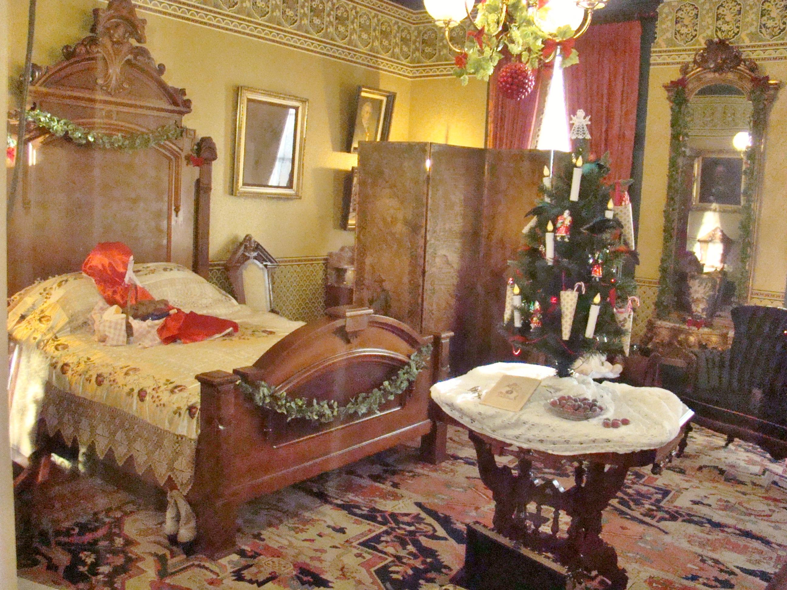 oglebay-bedroom
