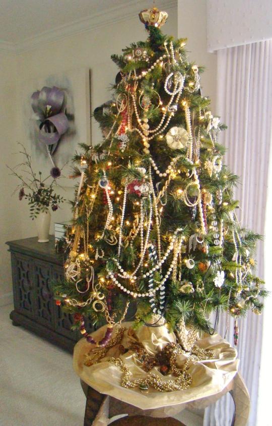 Bonnie Jewelry Tree