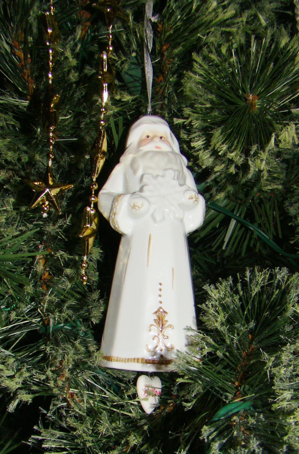 christmas-santa-white