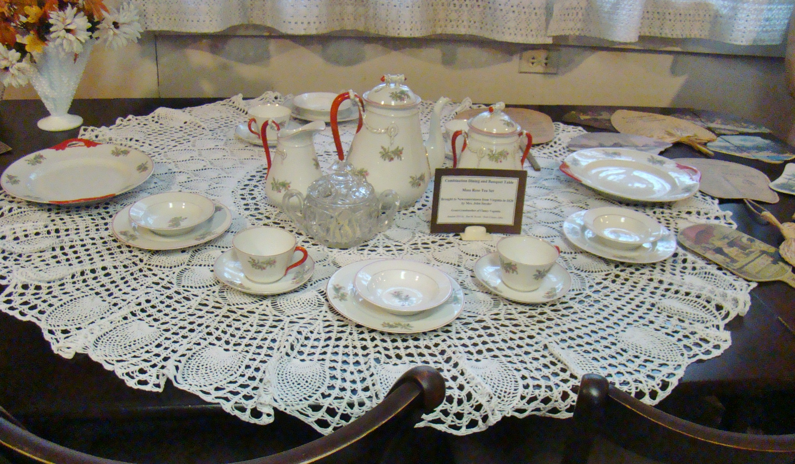 Temperance Tavern Miss Rose Tea Set