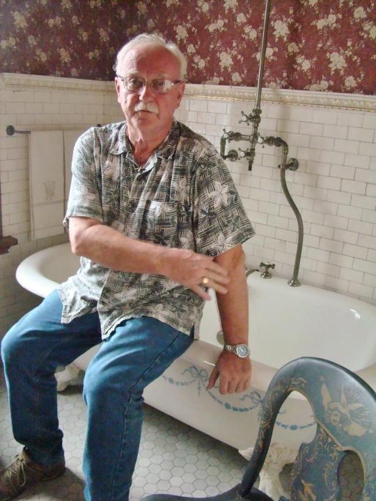 Barnesville Bathrub