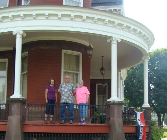Barnesville Volunteers on Porch