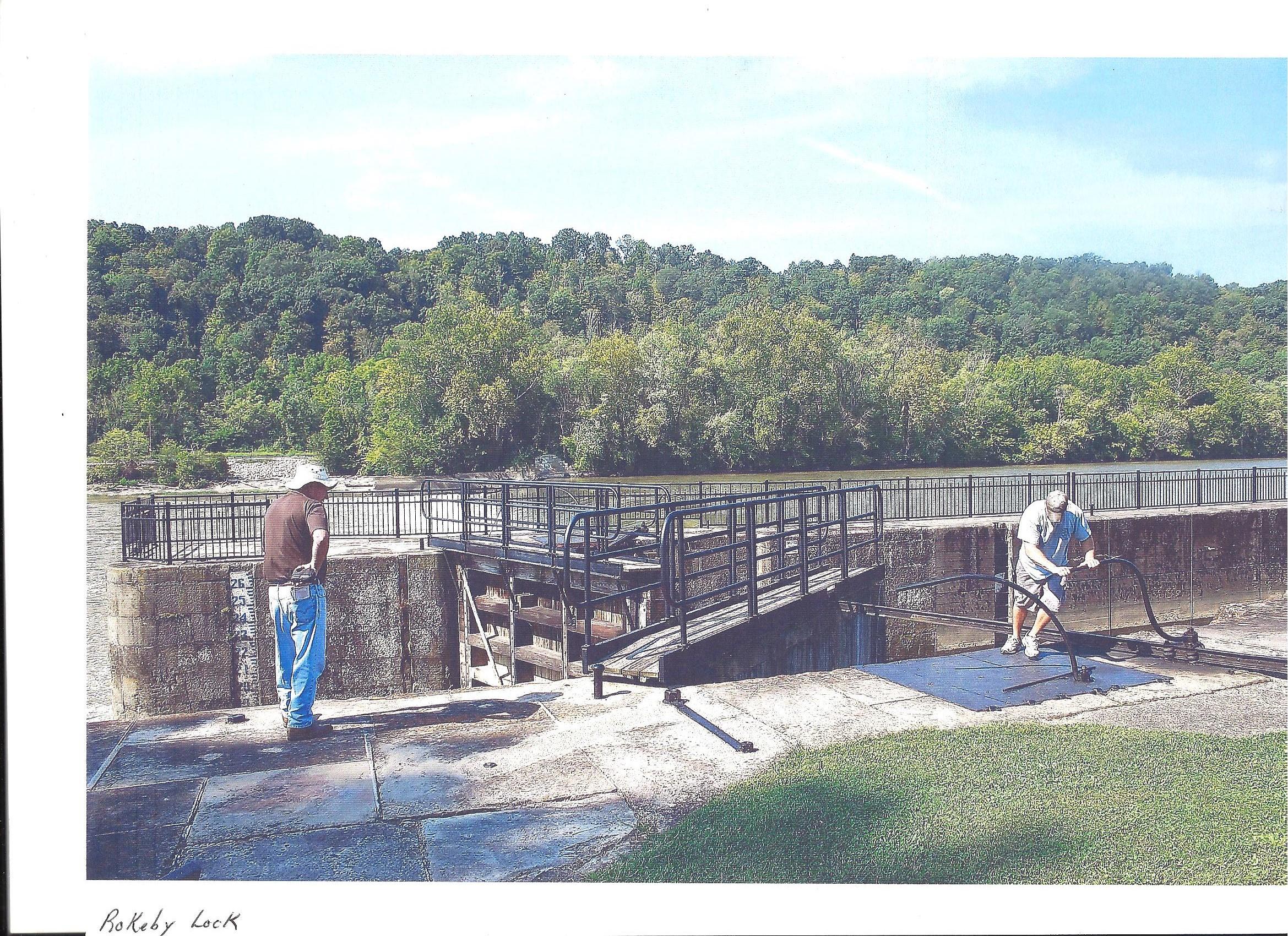 River Hand Powered Locks 001 (2)