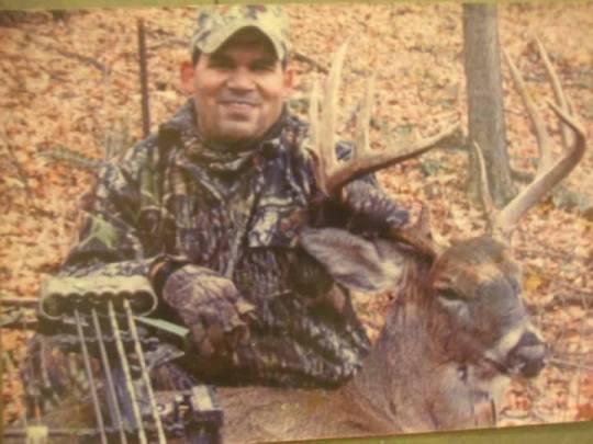 Michael Warren deerhunter
