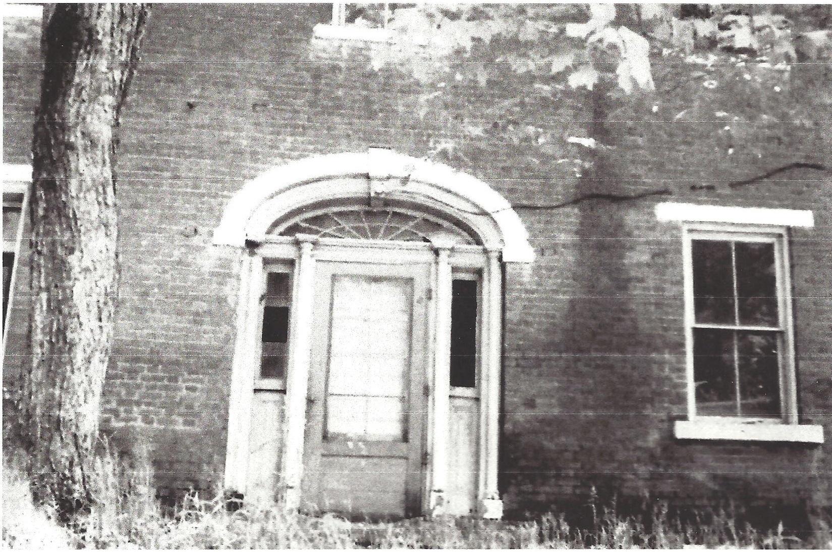 Door of Penn Tavern 001