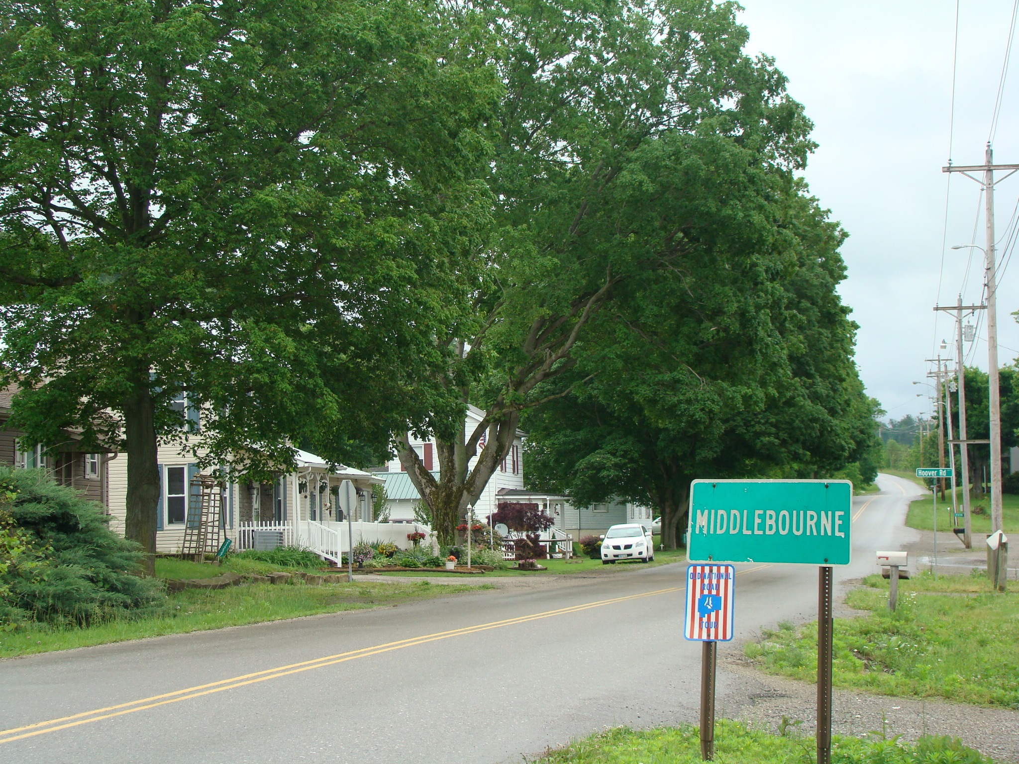 Middlebourne Entrance
