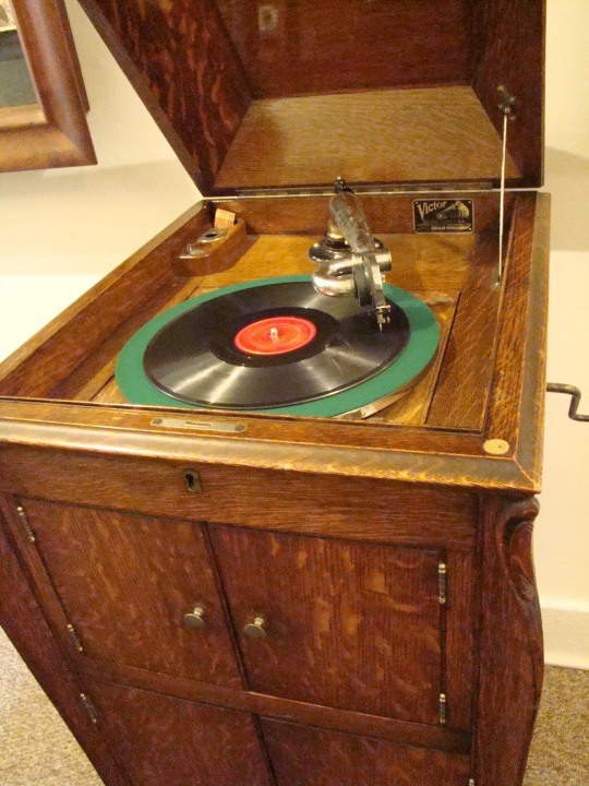 Ted Phonograph