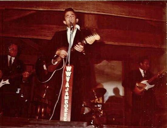 JohnnyCashOnStageatJamboree1968_Enhanced