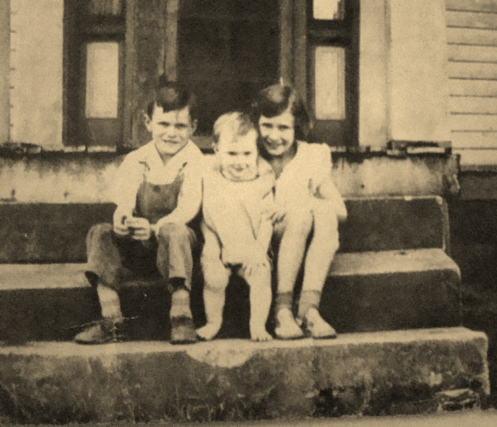 Laura and brothers