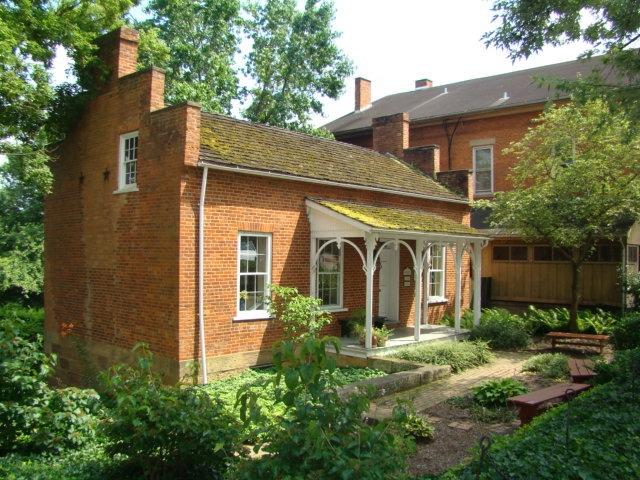 Roscoe Toll House