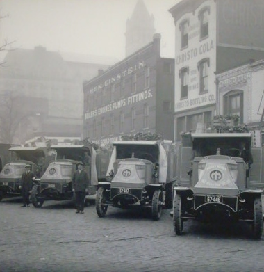 Piggly Wiggly trucks